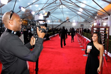 Reporting on the SAG Awards' red carpet.