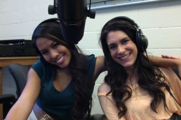 Nicole Swinford and I hosting the Pretty Little Wire!